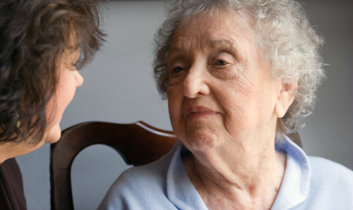 Elderly Care in Cherry Hill NJ: Five Stress-Free Ways to Convince Your Mom That She Can't Live Alone